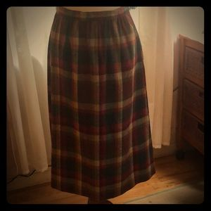 Vintage 60's/70's Briggs plaid wool skirt - size M